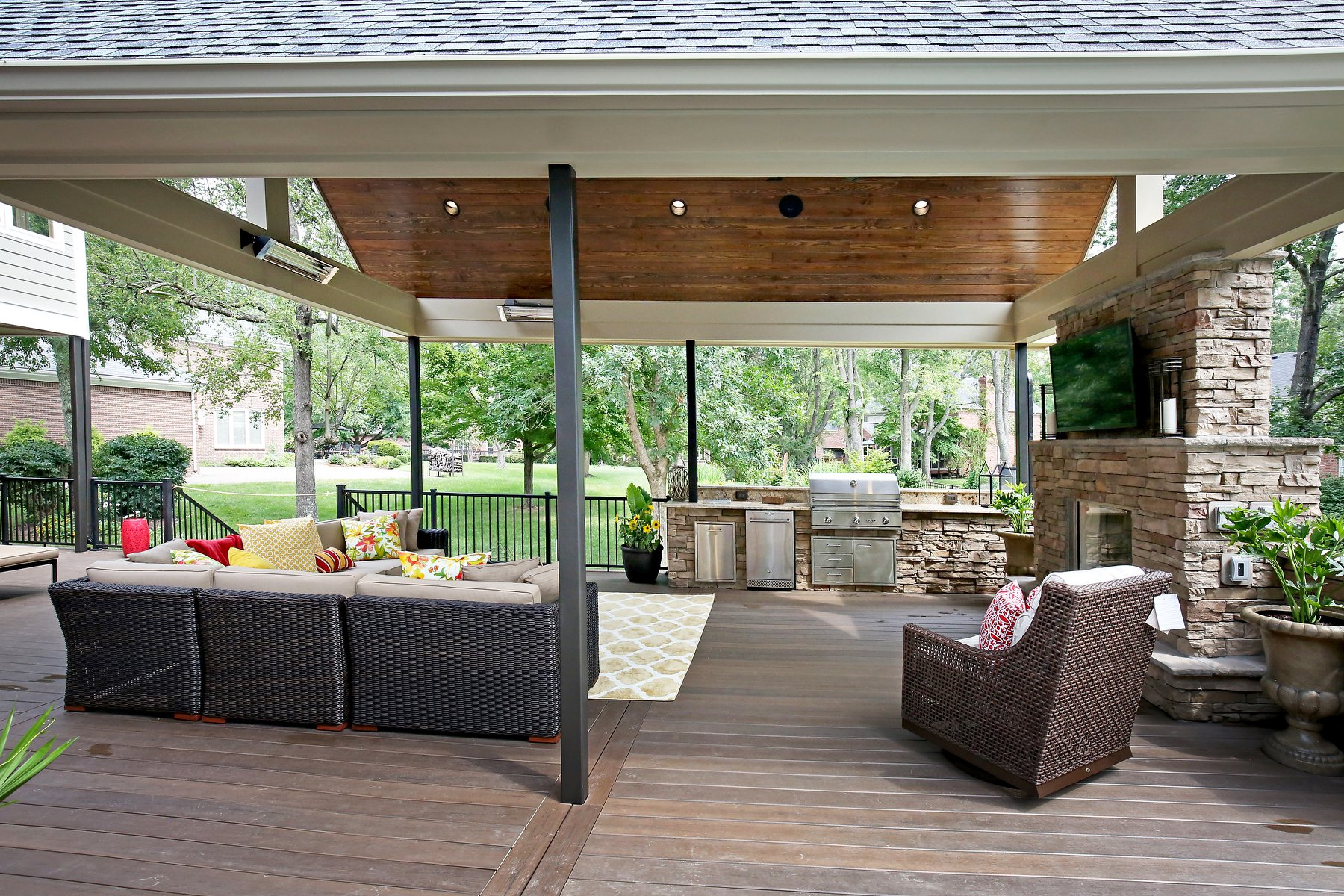 Covered Deck in Louisville KY